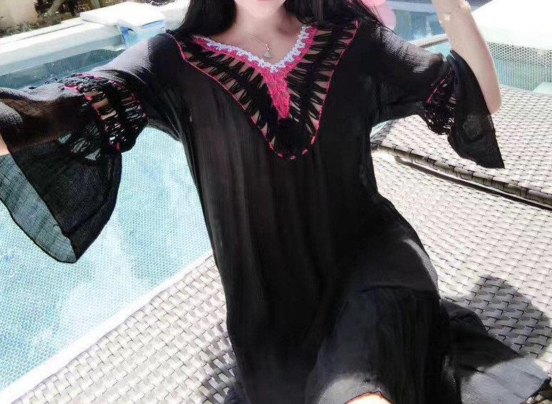 Пляжное платье туника, полупрозрачный силует, V-образный вырез