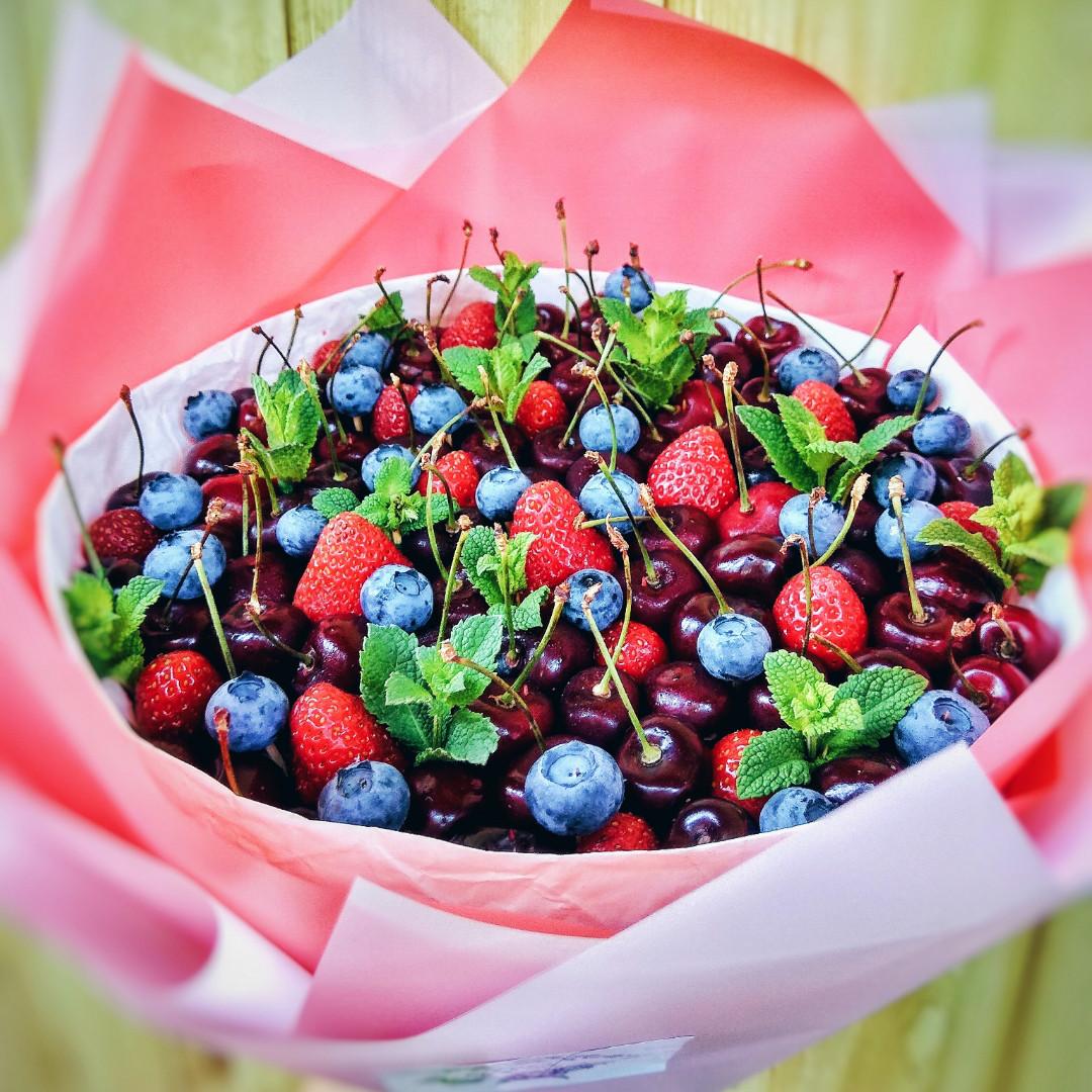 Букет из ягод №2