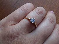 Золотое кольцо с белым фианитом, фото 1