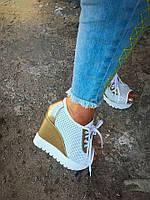 Только 40 размер 25,2 см! Летние кожаные ботиночки с перфорацией белые и золото,  натур.кожа