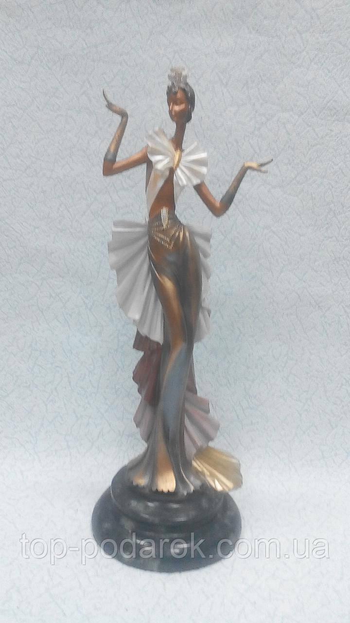 Статуэтка Девушка с бантом размер 48*18