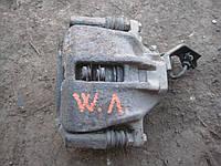 Цилиндр левый суппорт тормозной передний Фольксваген Пассат Volkswagen Passat B3