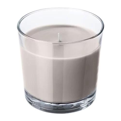 Ароматическая свеча в стакане IKEA SINNLIG 9 см мускатный орех и ваниль серый 503.374.05