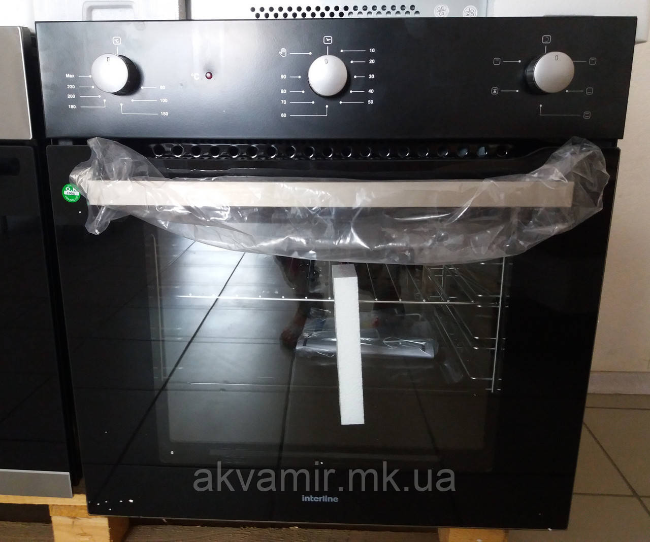 Духовой шкаф INTERLINE HK 400 BK встраиваемый электрический