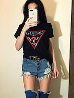 Женская футболка с  надписью GUESS