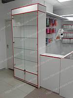 Торговые прилавки стеклянные и с выдвижными ящиками для магазина, сделаны под заказ с учетом пожеланий клиента для удобного использования при выкладке товара на полки.