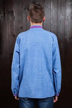 Вышитая сорочка для мужчин (джинс) с малиновой вышивкой, фото 2
