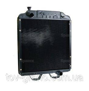 Радиатор 86013980 New Holland