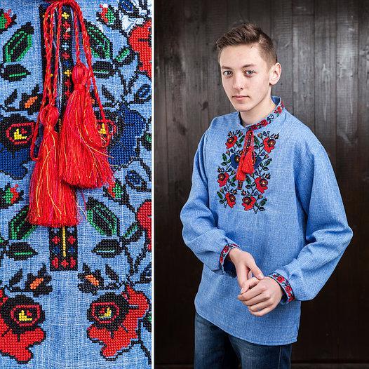 Вишиванка чоловіча (джинс) з квітковою вишивкою