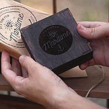 Дерев'яна подарункова упаковка 9*9 см