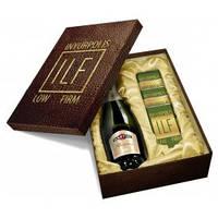 VIP подарочный набор c шампанским. Корпоративные наборы под заказ