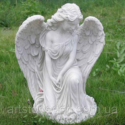 Скульптура Скорбящий ангел из бетона 50 см