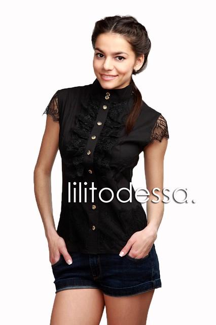 Блуза с гипюром черный