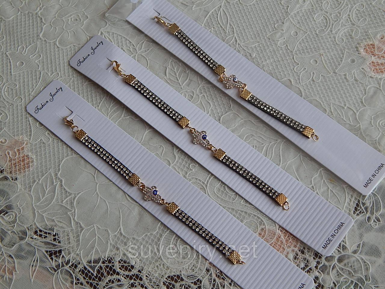 Очень красивые браслеты с крестиком на детскую ручку черные в камушки
