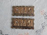 Иконка-оберег из трех Святых в машину золотого цвета