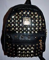Женский молодежный рюкзак из кожзама с шипами черный 20*24 см, фото 1