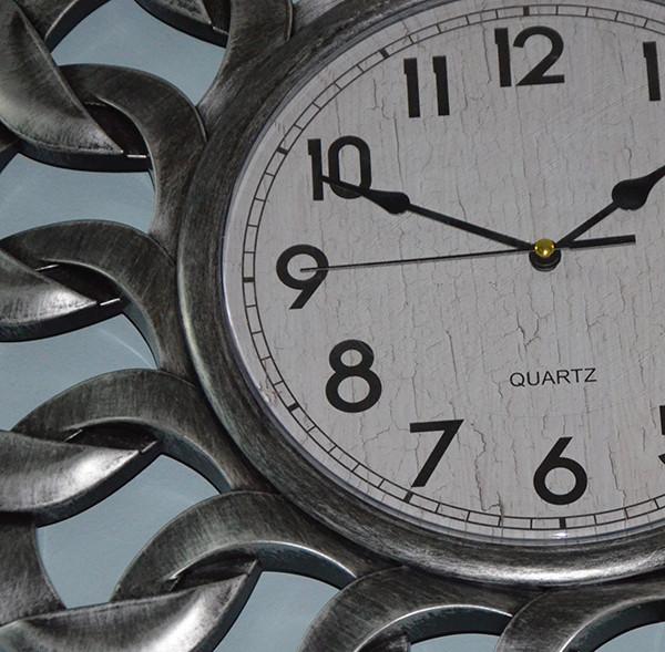 Годинник на стіну сталеві