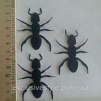 Клеевая аппликация муравей