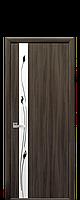 Межкомнатная дверь Злата со стеклом сатин и рисунком, цвет кедр