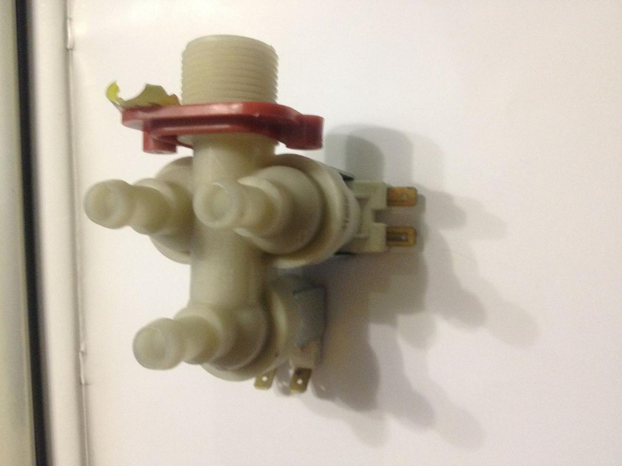 Клапан залива воды для стиральной машины 3х90