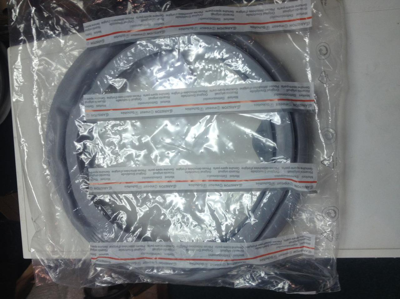 Резина (манжет) люка Indesit, Ariston C00074133 для стиральной машины