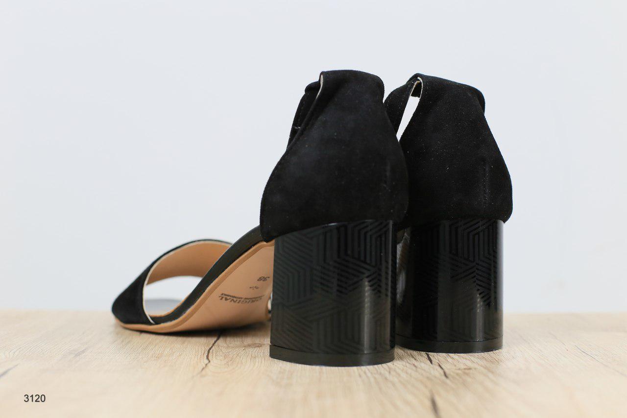 9ce42bcb7 ... Женские босоножки на устойчивом каблуке черные замшевые 3120, ...