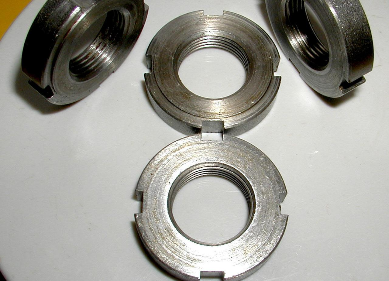 Гайка кругла шлицевая М22х1,5 DIN 1804 з нержавійки