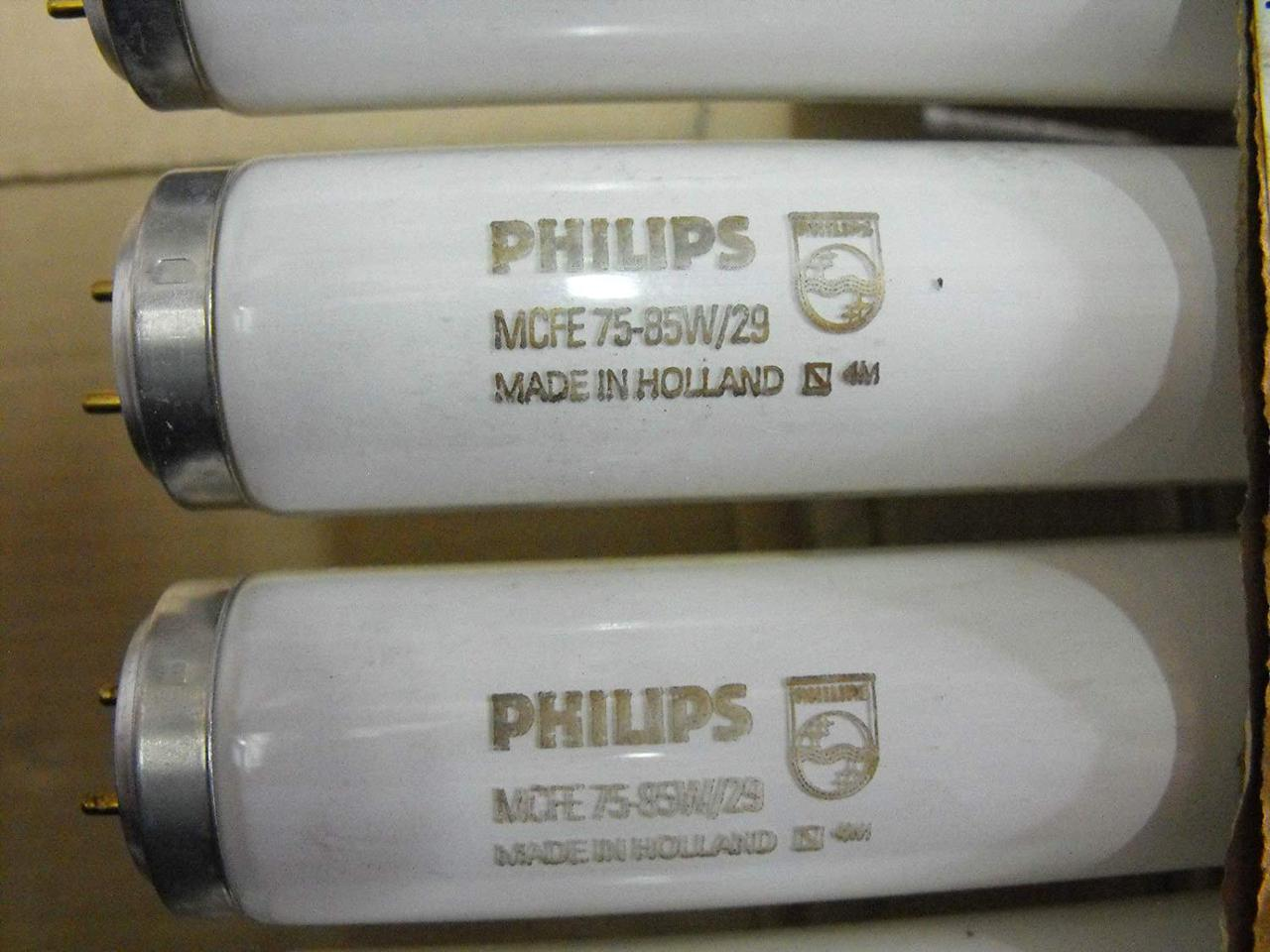 Люминесцентная лампа PHILIPS MCFE 75w-85w/29 Fluorescent Tubes