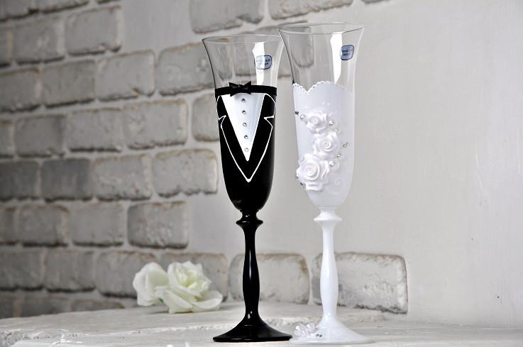 Свадебные бокалы белый и черный (2 шт) Bohemia