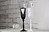 Свадебные бокалы белый и черный (2 шт) Bohemia, фото 1