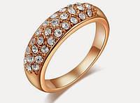 Позолоченное кольцо с австрийскими кристаллами р 19 код 332