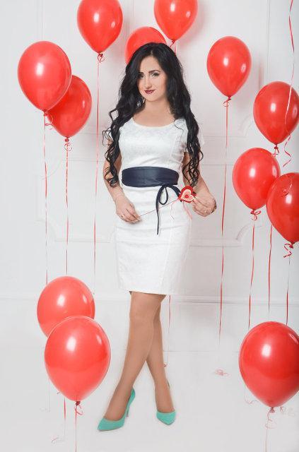 Белое молодежное платье (размер 44-50)