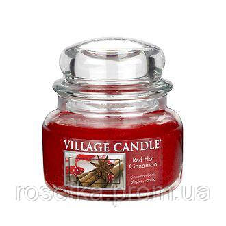 "Свічка ароматича Village Candle ""Red Hot Cinnamon"" Червона Кориця Premium, 315 м"