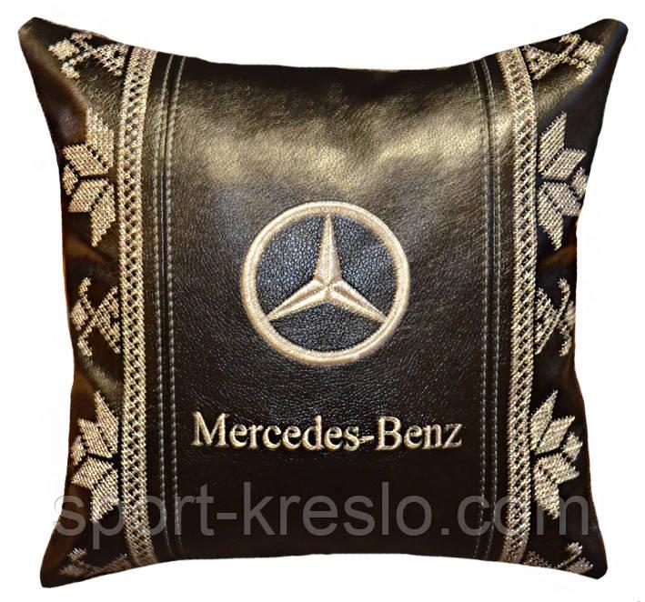 Сувенирная декоративная подушка - вышиванка Украина