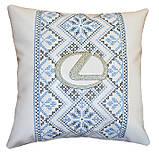 Сувенірна декоративна подушка - вишиванка Україна, фото 2