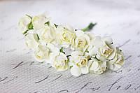 Бумажные цветочки для скрапбукинга 12 шт. 2 см на ножке шампань кремовые, фото 1