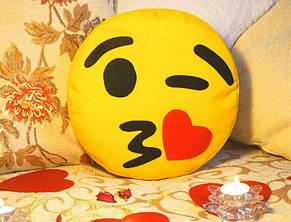 Подушка-смайлик Эмоджи #3 Влюбленный моргунчик, фото 2