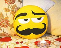 Декоративная подушка-смайлик Emoji #5 Усатый нянь, фото 1