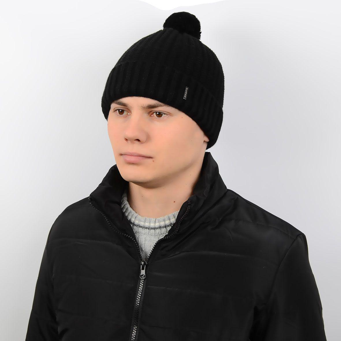 стильная мужская вязаная шапка с ниточным помпоном на флисе Sb17007