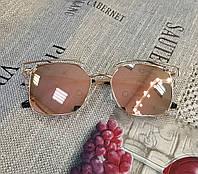 Модные солнцезащитные очки  Dior, цвет пудра