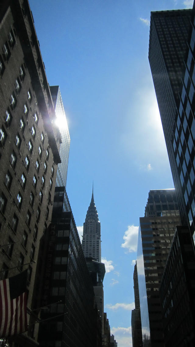 Раздел Платья - фото teens.ua - Нью-Йорк,West 42 street