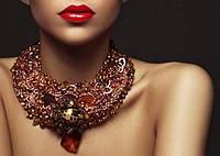 Украшения на шею, колье, ожерелья, цепочки, бусы