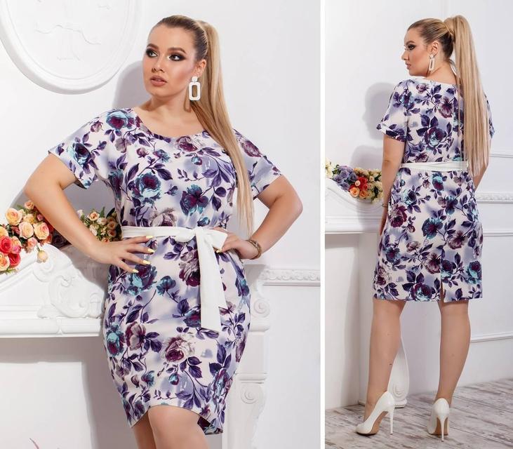 Сукня з поясом-Батал , модель 110, принт фіолетові квіти на білому тлі