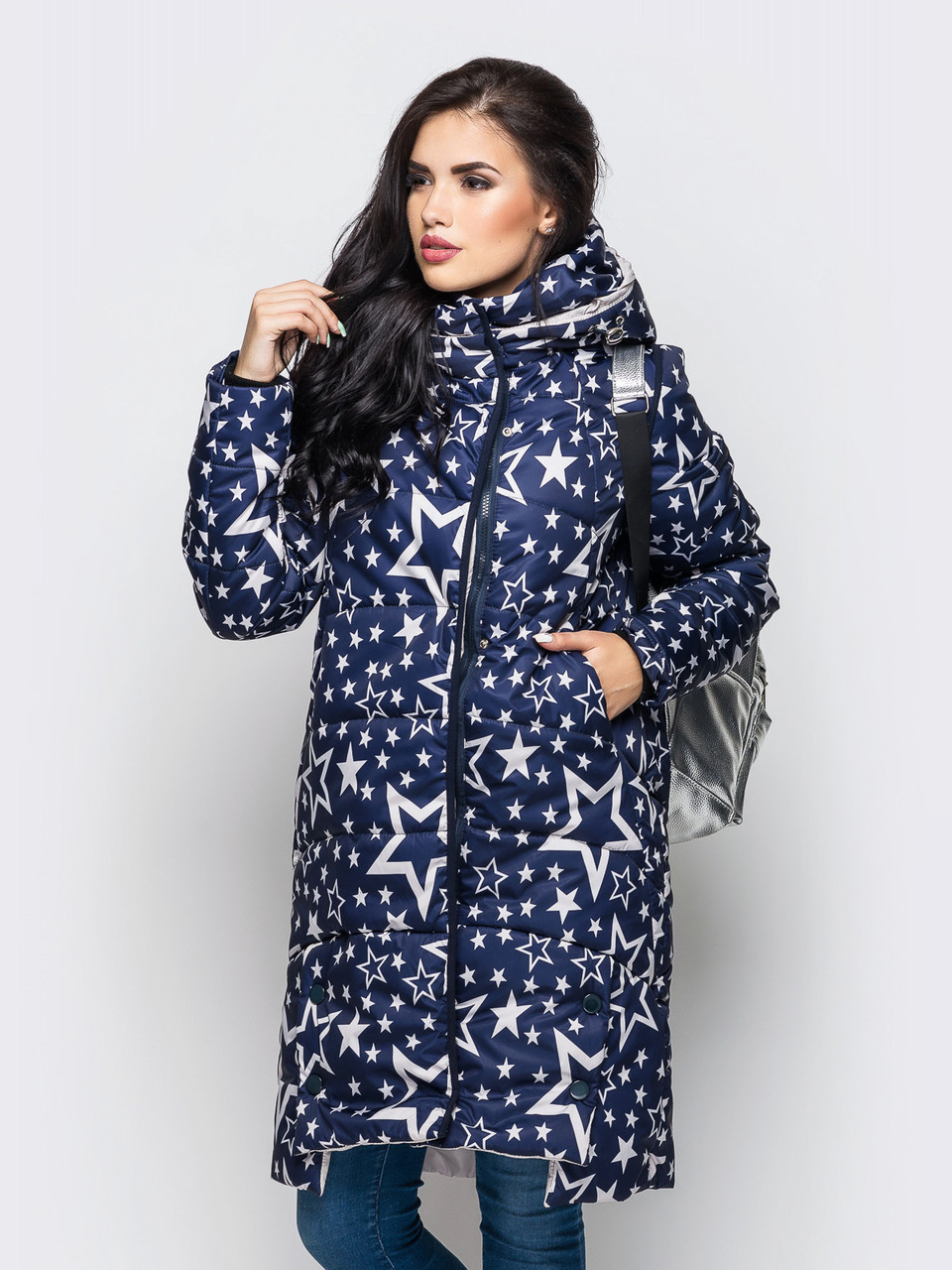 Модная длинная зимняя женская куртка со звездами на силиконе