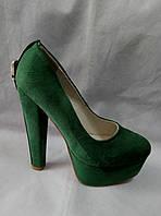Туфли на каблуке зеленые