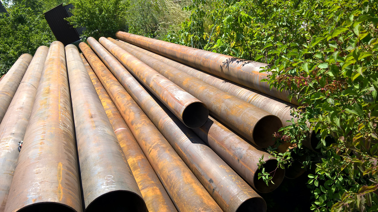 Реализуем б / у трубы из под воды, газа и нефти.