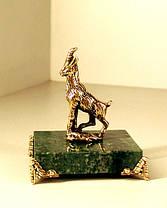 Бронзовая фигурка Козы на подставке с бронзовыми ножками, фото 2