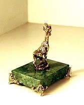 Бронзовая фигурка Козы на подставке с бронзовыми ножками, фото 3