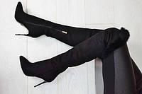Ботфорты (сапоги) женские классические замшевые черные на шпильке с опушкой