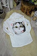Женская белая толстовка кот